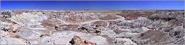 Petrified Forest National Park - Blue Mesa en vue panoramique (Ouest USA) (CANON 5D + EF 24mm L F1,4)
